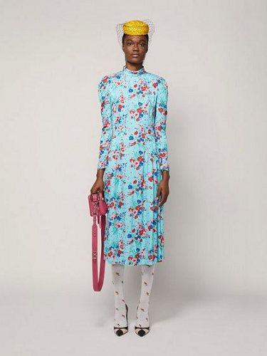 Vestido años 40 en azul con flores estampadas de la colección otoñal de Marc Jacobs