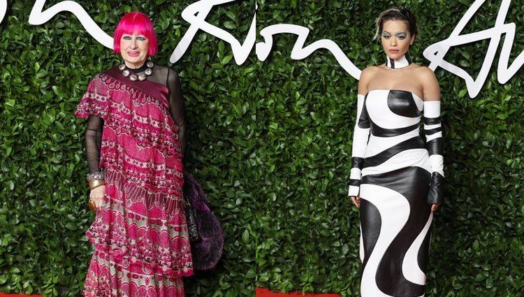Rita Ora y Sandra Rhodes en los British Fashion Awards 2019