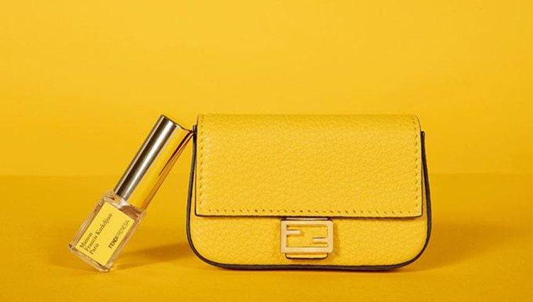 Perfume y bolso, la combinación perfecta