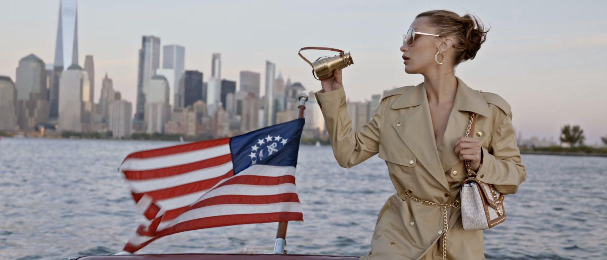 Michael Kors te invita a viajar con Bella Hadid en su nueva campaña primavera/verano 2021