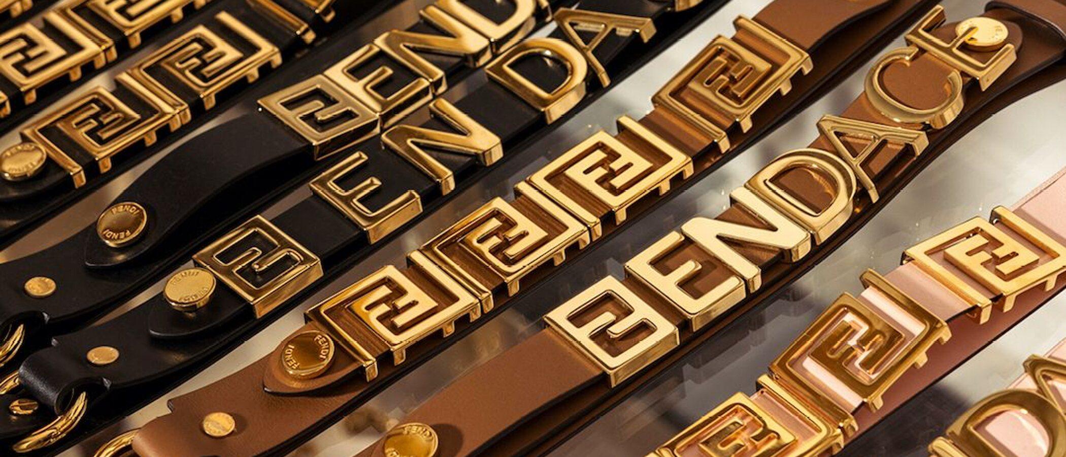 Fendace: Poco de Fendi y mucho de Versace