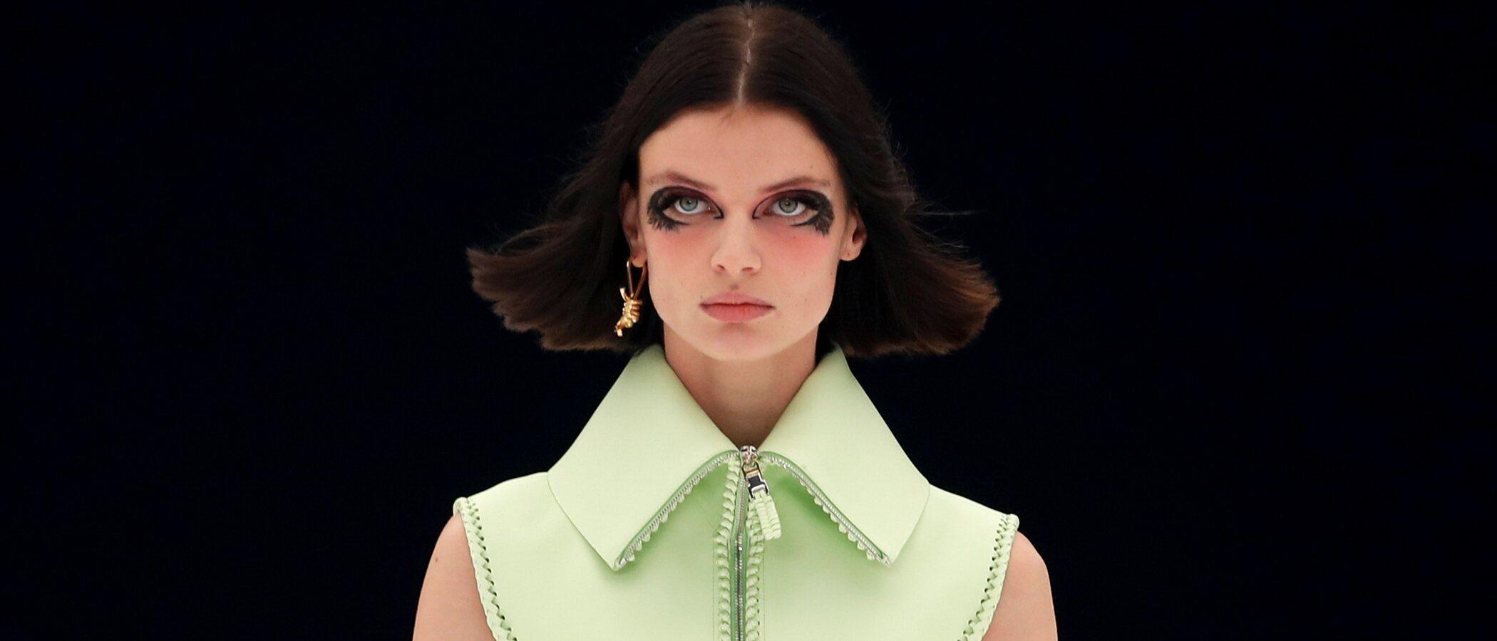A Givenchy le llueven las críticas por mostrar en su desfile un collar que simula una soga al cuello de varias modelos