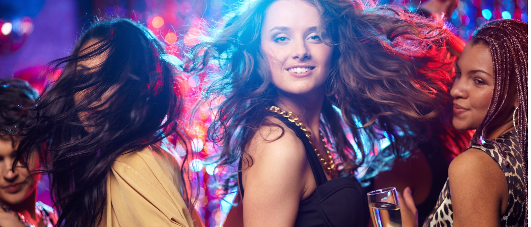 Cómo vestirse para ir a la discoteca: 5 looks para triunfar