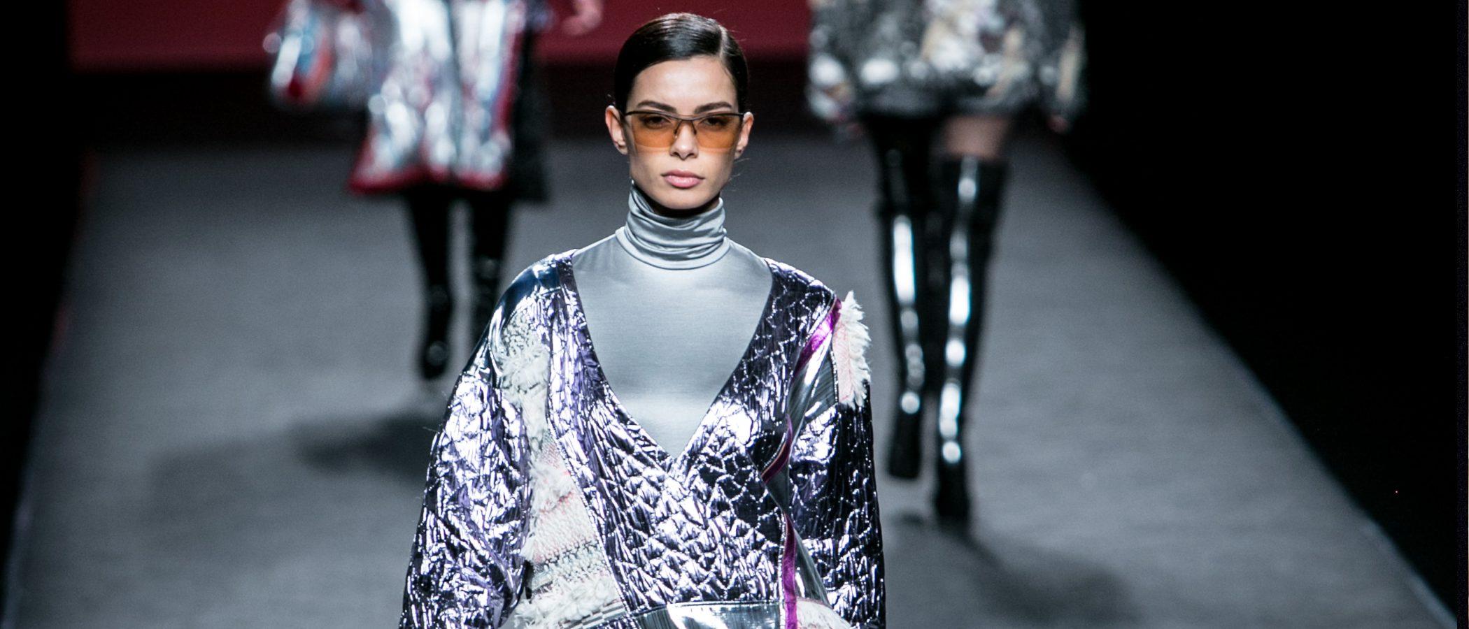 Custo Barcelona se estrena en la Madrid Fashion Week con una colección 'Total Light'