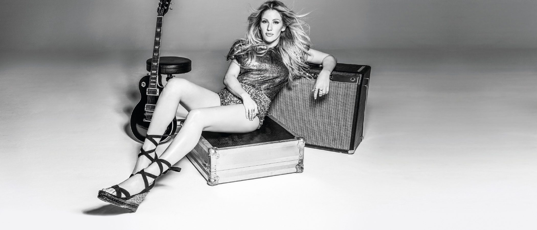Ellie Goulding presenta su primera colección cápsula de calzado con Deichmann