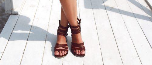 3 sandalias que nunca pueden faltar en tu zapatero