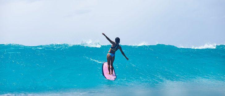 Roxy presenta 'Pop surf', una colección funcional y despreocupada para primavera/verano 2017