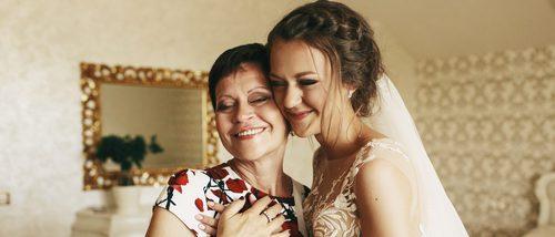 Cómo vestirse si eres madrina de boda
