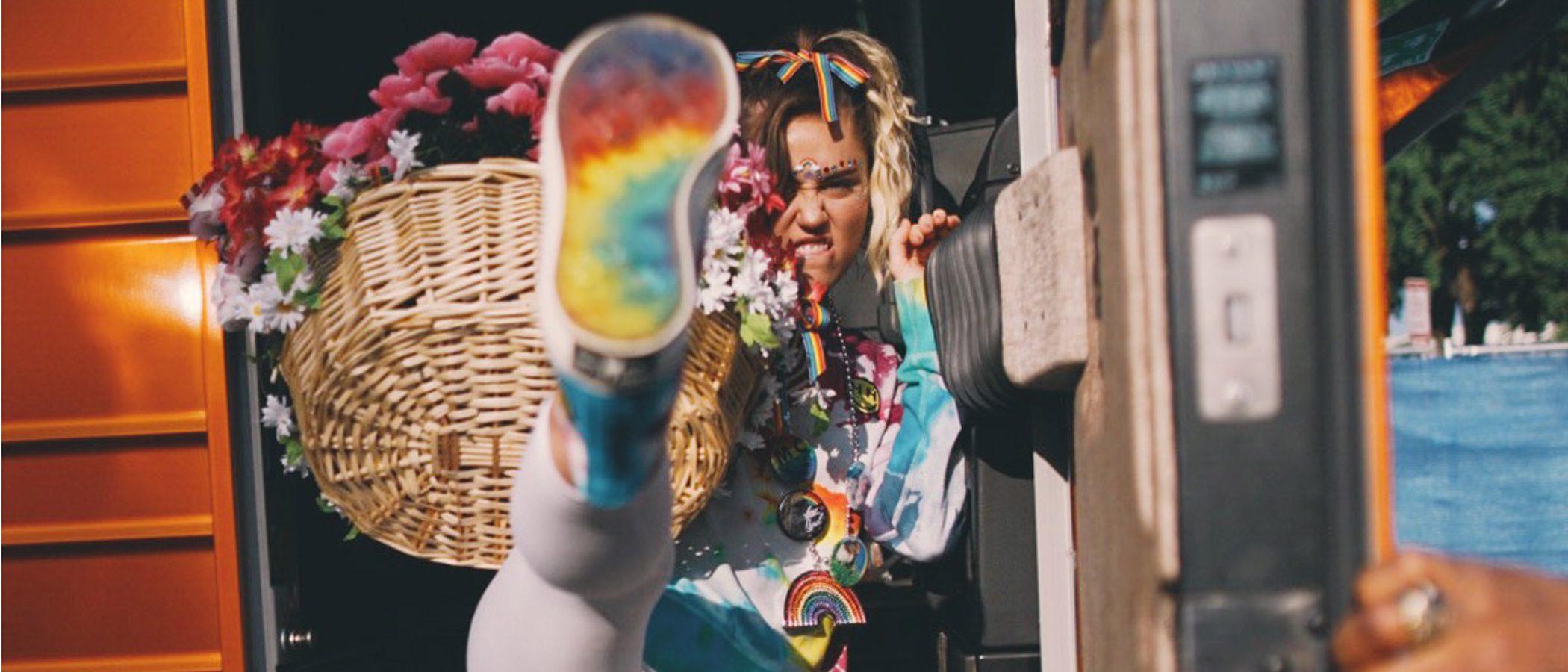 Miley Cyrus se une a Converse en apoyo al colectivo LGBTQ
