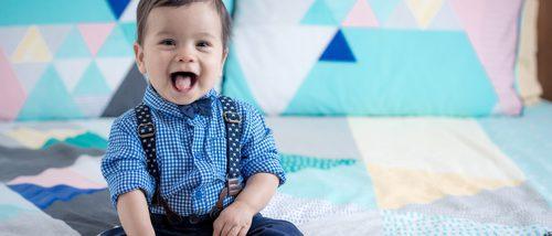 Cómo vestir a un bebé para ir de boda