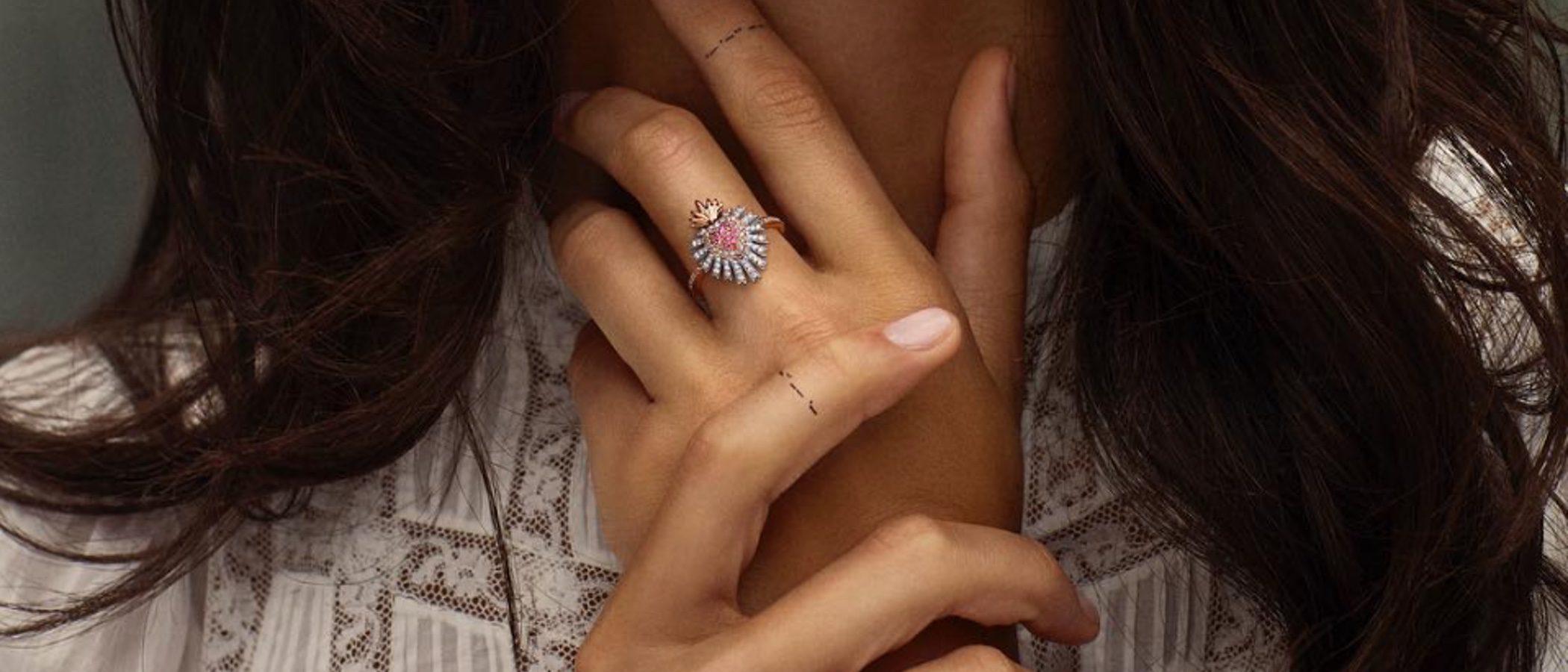 Suárez lanza la segunda parte de su colección de joyas inspiradas en Frida Kahlo