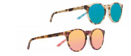 Miss Hamptons lanza una colección especial de gafas de sol de 'Las Supernenas'