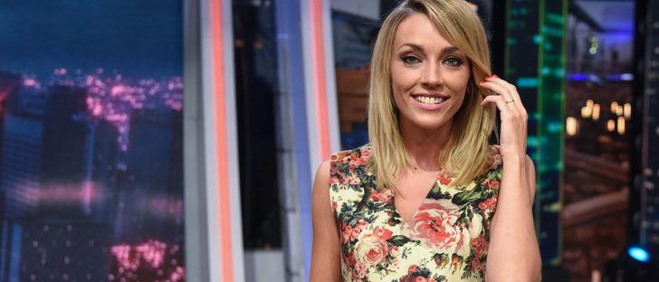 La evolución de los estilismos de Anna Simón: de reportera a uno de los rostros más conocidos de la televisión