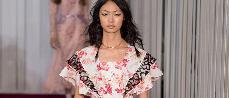 Superposiciones y flores mandan en la colección de Jill Stuart primavera/verano 2018 en Nueva York Fashion Week