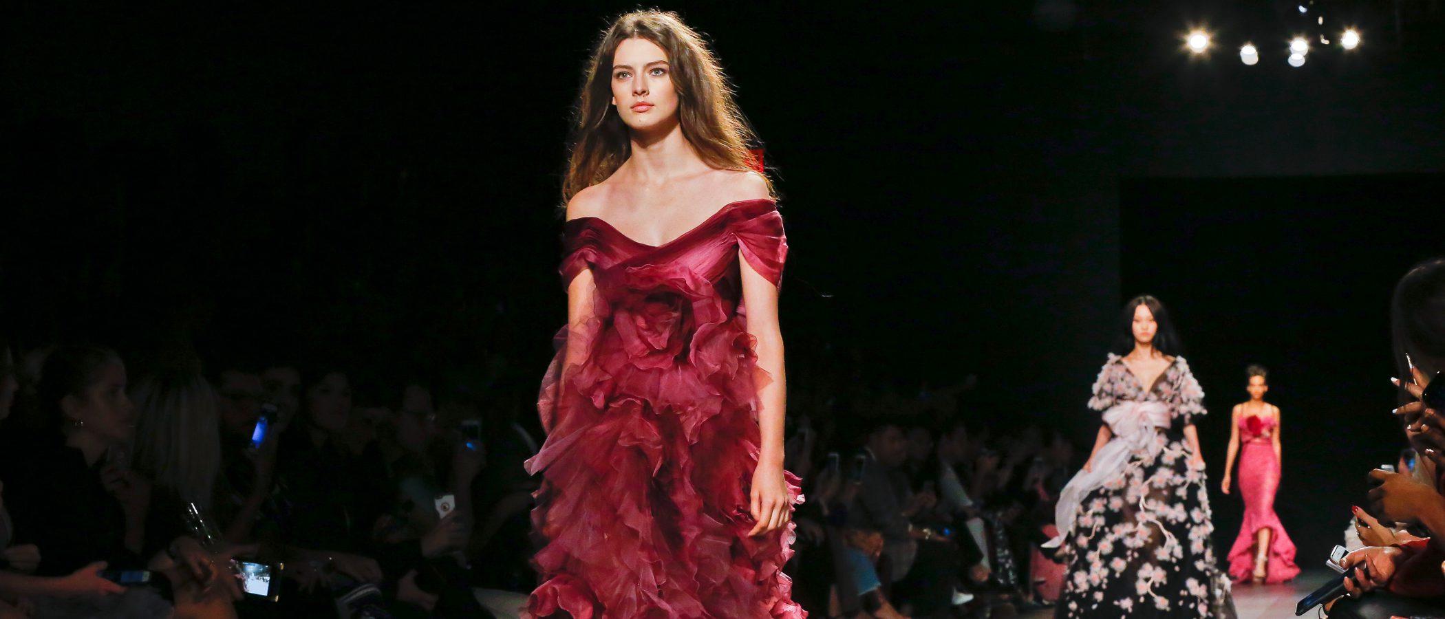 Marchesa lleva la cultura oriental a la New Yok Fashion Week con su primavera/verano 2018
