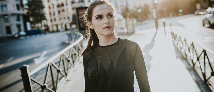 Natalia de Lara sube la temperatura con su nueva colección 'Fuego'