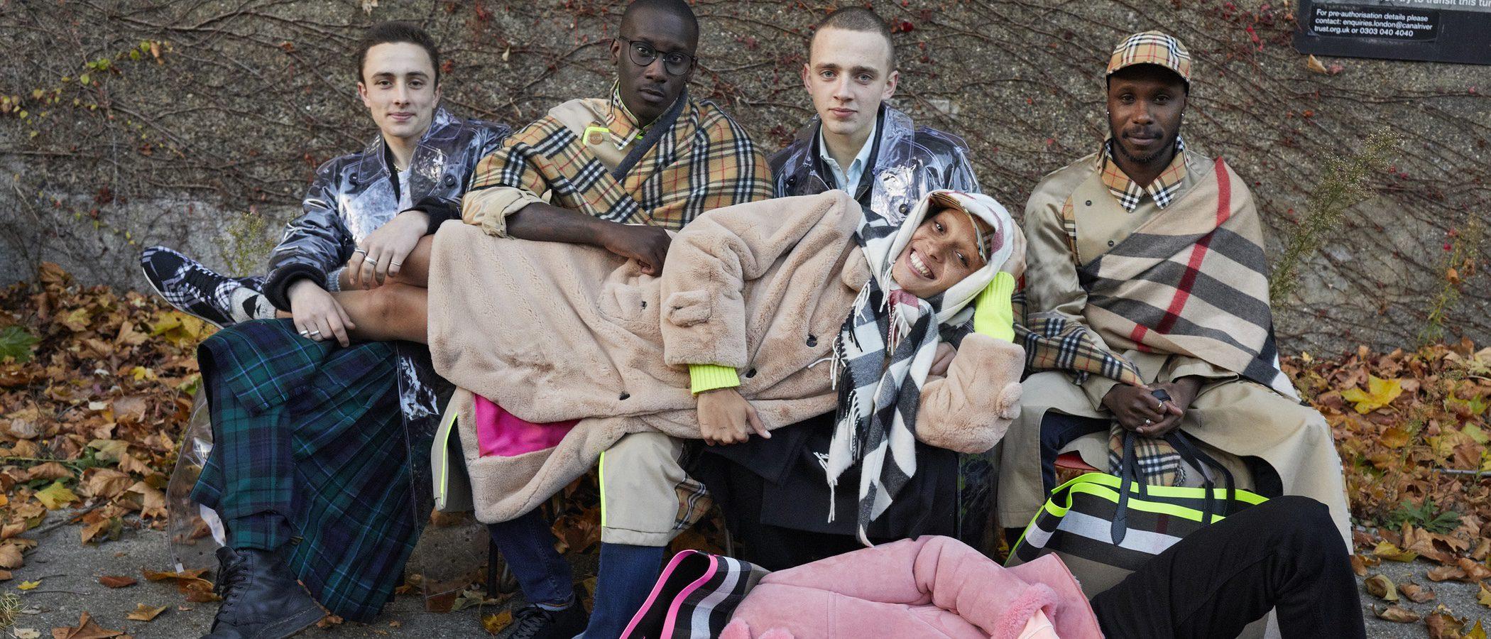 Burberry presenta su primera colección de 2018 con Adwoa Aboah