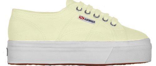 Los tonos pastel, la gran novedad de la nueva línea de zapatillas de Superga