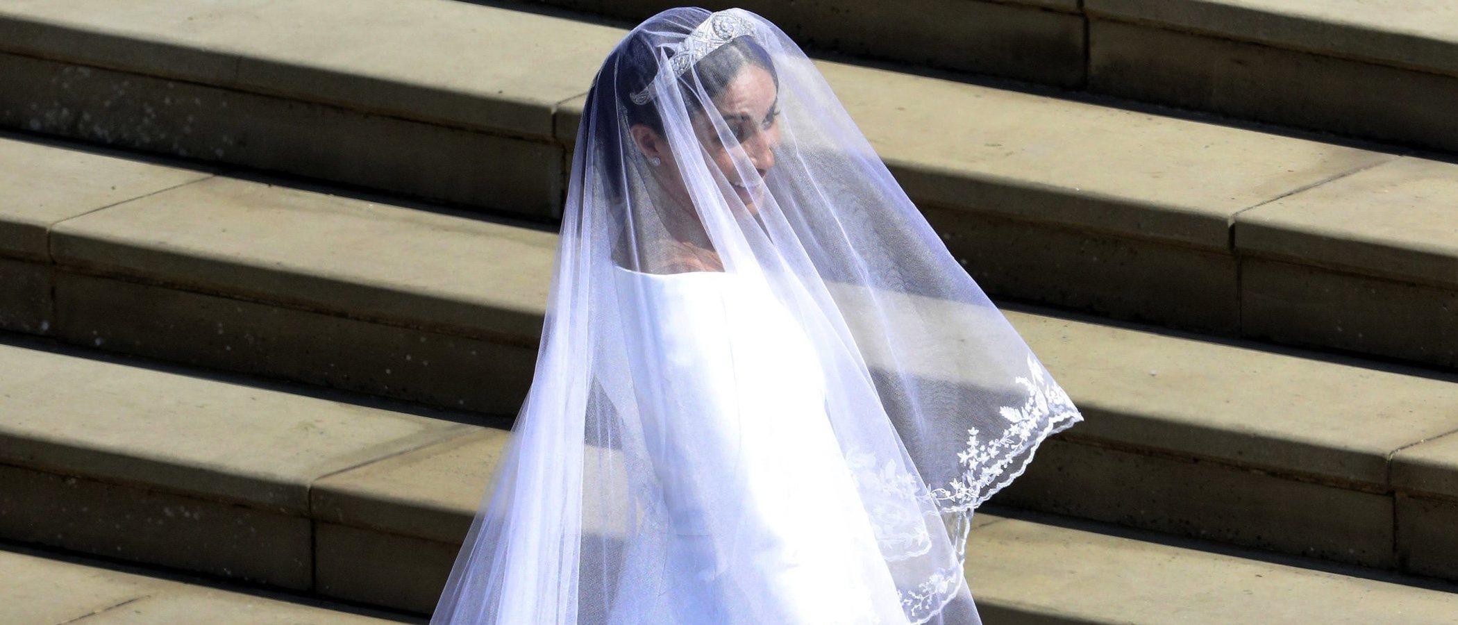 El vestido de novia de Meghan Markle se envuelve en polémica por acusaciones de plagio
