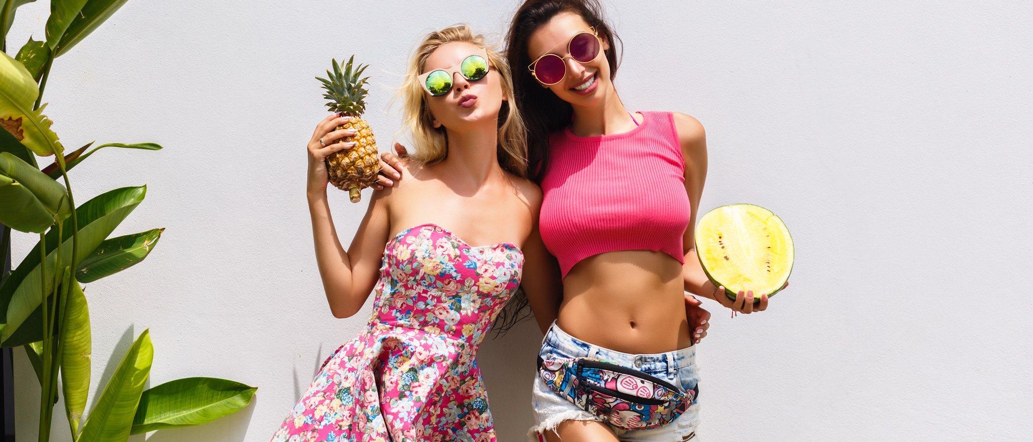 Cómo lucir el estampado tropical con estilo