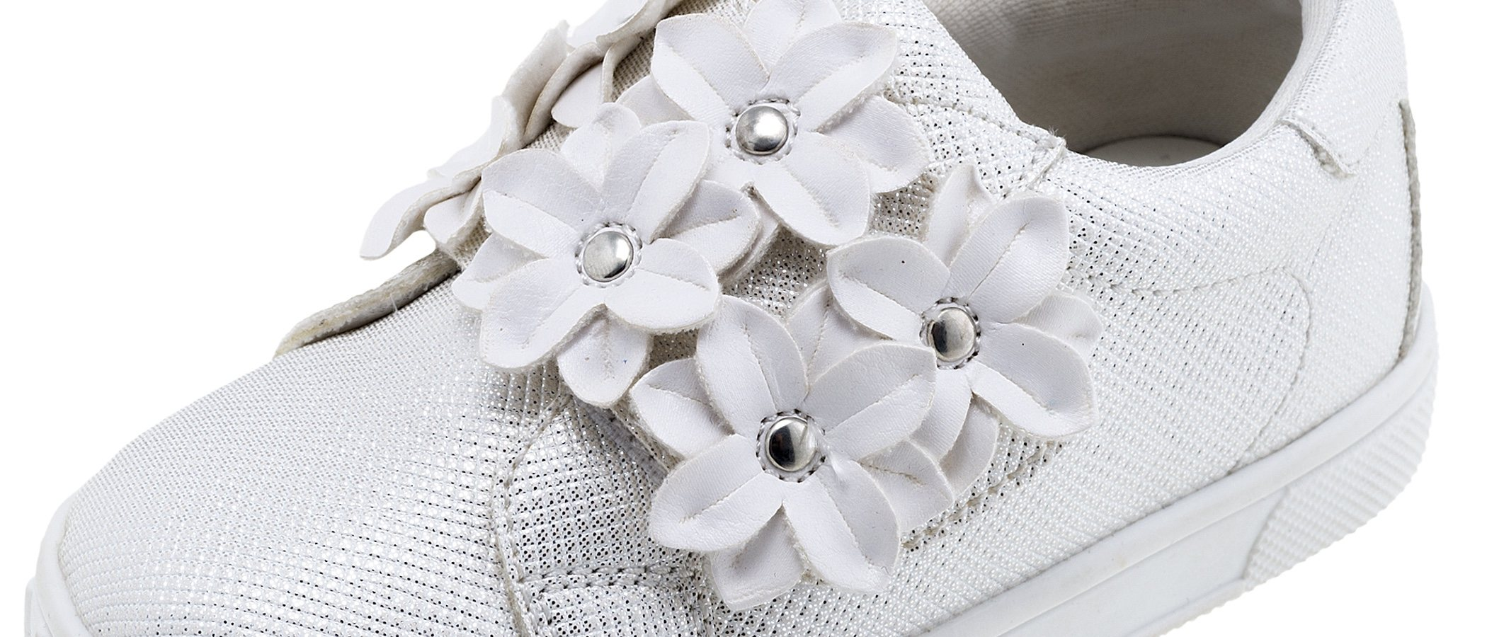 Chicco apuesta por el bicolor para su nueva colección verano 2018 'Black & White'