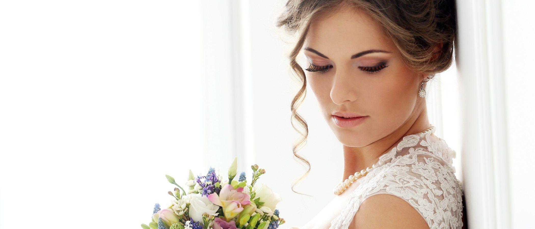 Cómo elegir las joyas para novias en el día de su boda