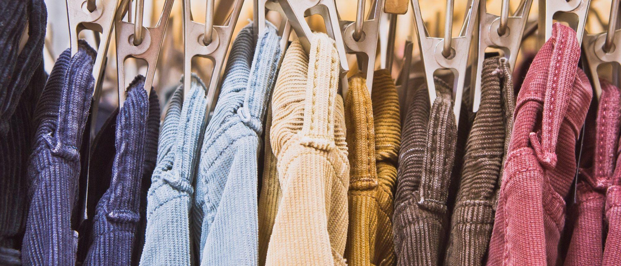 Cómo lucir prendas de pana con estilo