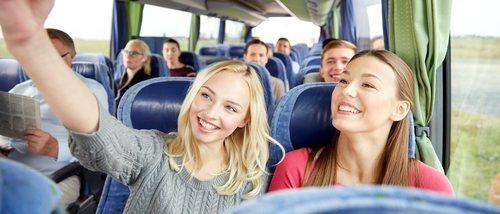 Cómo vestirse para un viaje largo en autobús