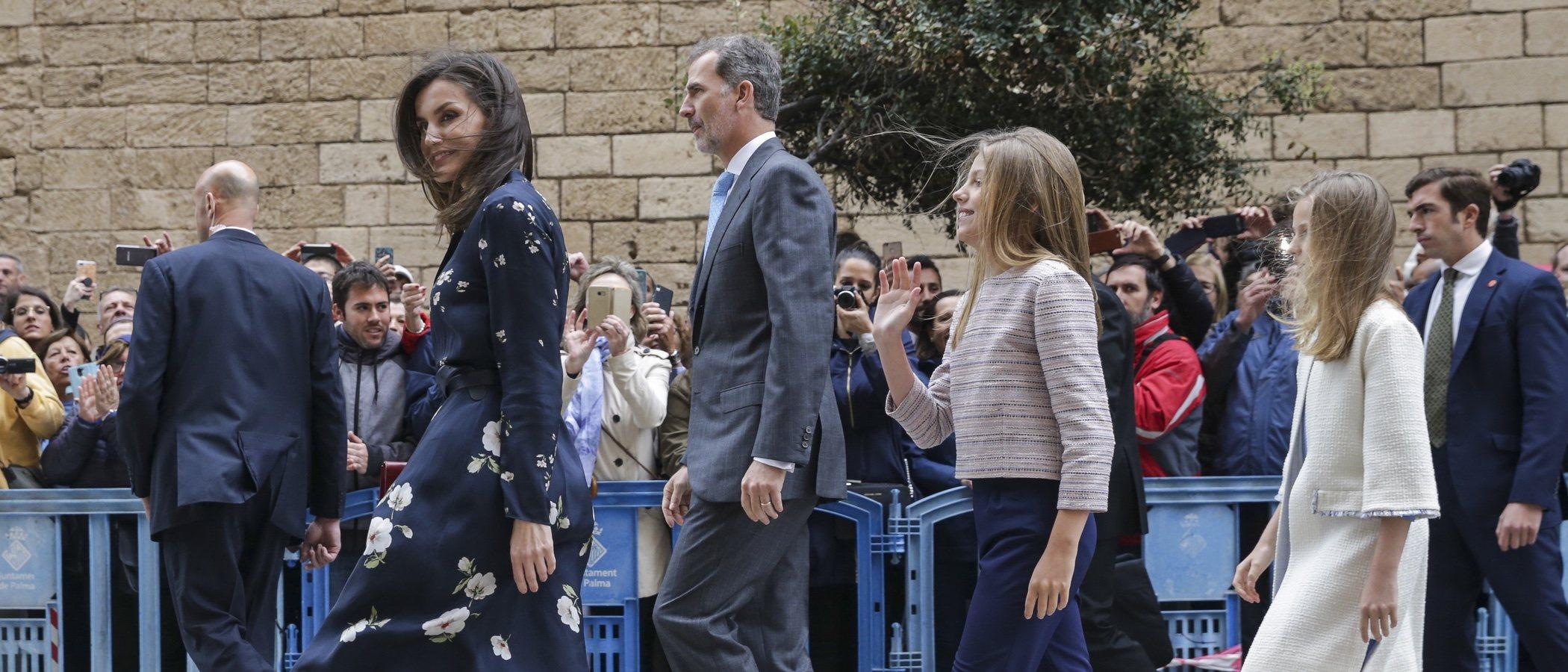 La Reina Letizia y sus hijas Leonor y Sofía derrochan estilo en la Misa de Pascua 2019