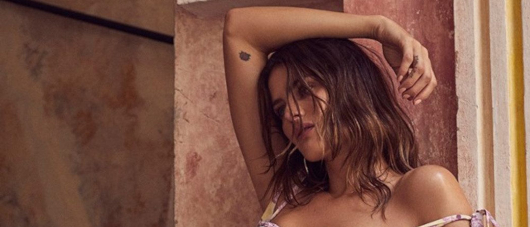 Isabeli Fontana protagoniza la sensual campaña de For Love & Lemos