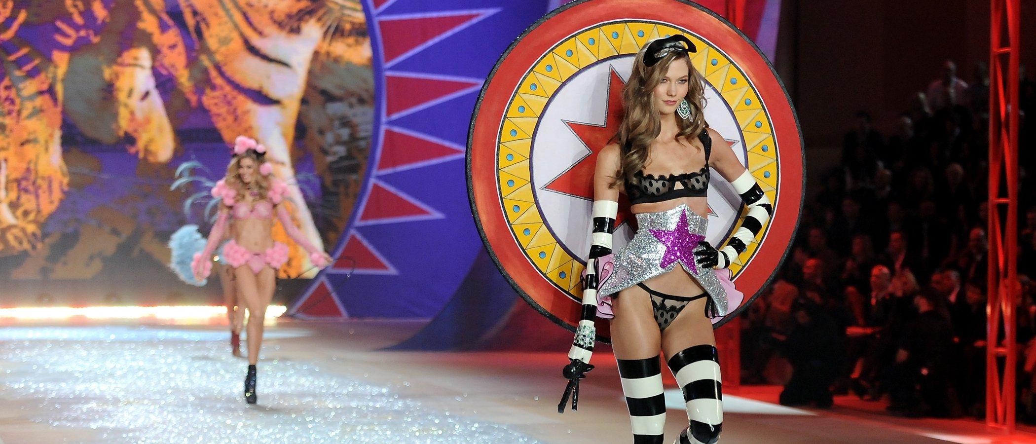"""Karlie Kloss confiesa el verdadero motivo de su salida de Victoria's Secret: """"No era la imagen que quería dar"""""""