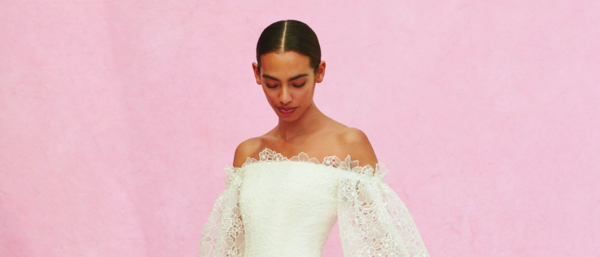 Carolina Herrera apuesta por la novia tradicional en su colección otoño 2020
