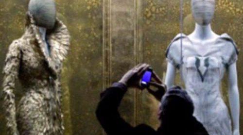 Medio millón de personas ya ha visitado la retrospectiva de Alexander McQueen en el MET