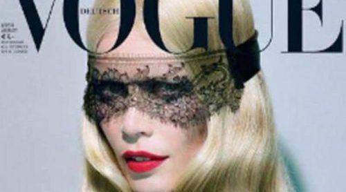 Claudia Schiffer acapara las portadas del verano