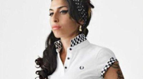 Amy Winehouse, un mito de la música y de la moda de la mano de Fred Perry