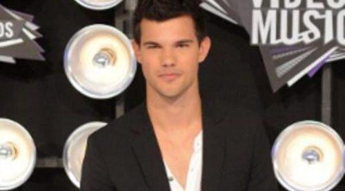 Consigue el look: Taylor Lautner en los MTV Video Music Awards 2011