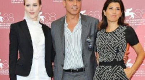 Evan Rachel Wood y Marisa Tomei estrenan la alfombra roja del Festival de Venecia