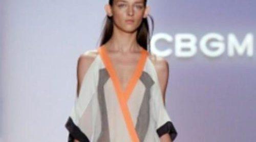 BCBG Max Azria apuesta por la geometría para primavera de 2012