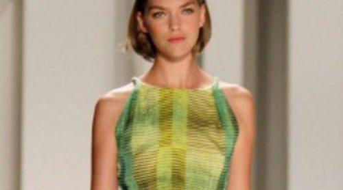 Carolina Herrera, las rayas más elegantes para primavera de 2012