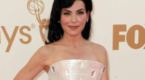 Blanco y plata en los Emmy 2011, de Julianna Margulies a Jennifer Carpenter