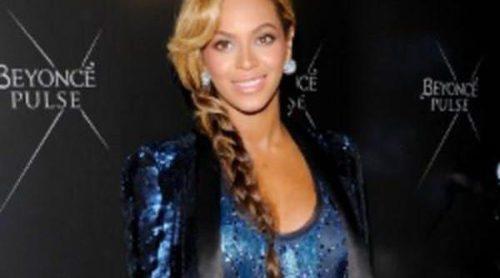 Beyoncé se viste de Roberto Cavalli para presentar su fragancia, Pulse