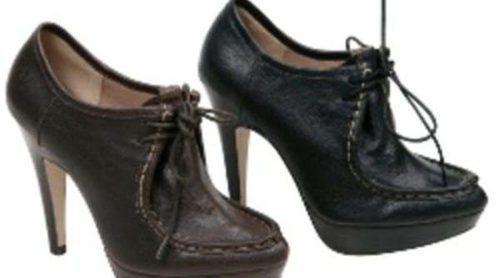 Lorena Carreras propone botines y zapatos cubiertos de encaje para otoño de 2011