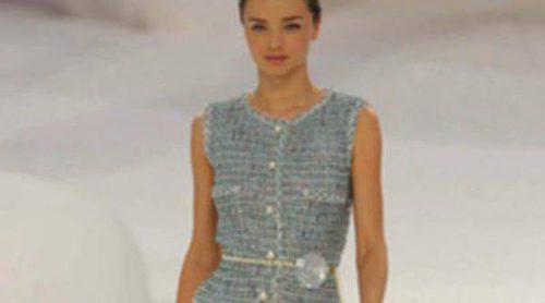 Espectáculo marino en el desfile de Chanel en París Fashion Week