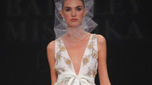 Badgley Mischka presenta su nueva colección de novias primavera 2012