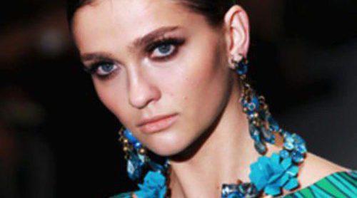 Aires retro y mucho color en el desfile de Gucci en la Semana de la Moda de Milán primavera/verano 2013