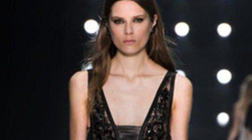 Cavalli propone prendas ligeras y vaporosas para la próxima primavera/verano 2013 en la Semana de la Moda de Milán