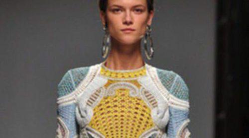 Balmain revive los noventa en la Semana de la Moda de París primavera/verano 2013