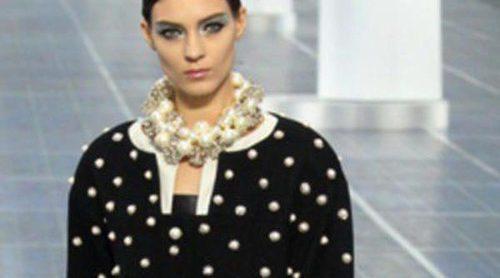 Karl Lagerfeld sorprende con la primavera/verano 2013 de Chanel en la Semana de la Moda de París