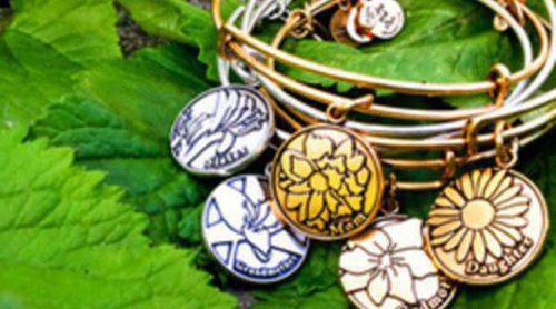 La firma de bisutería Alex and Ani lanzan una nueva colección con brazaletes y charms