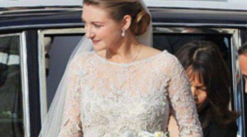 El vestido de novia de Stéphanie de Lannoy en su boda: un Elie Saab con encaje y cola de tul